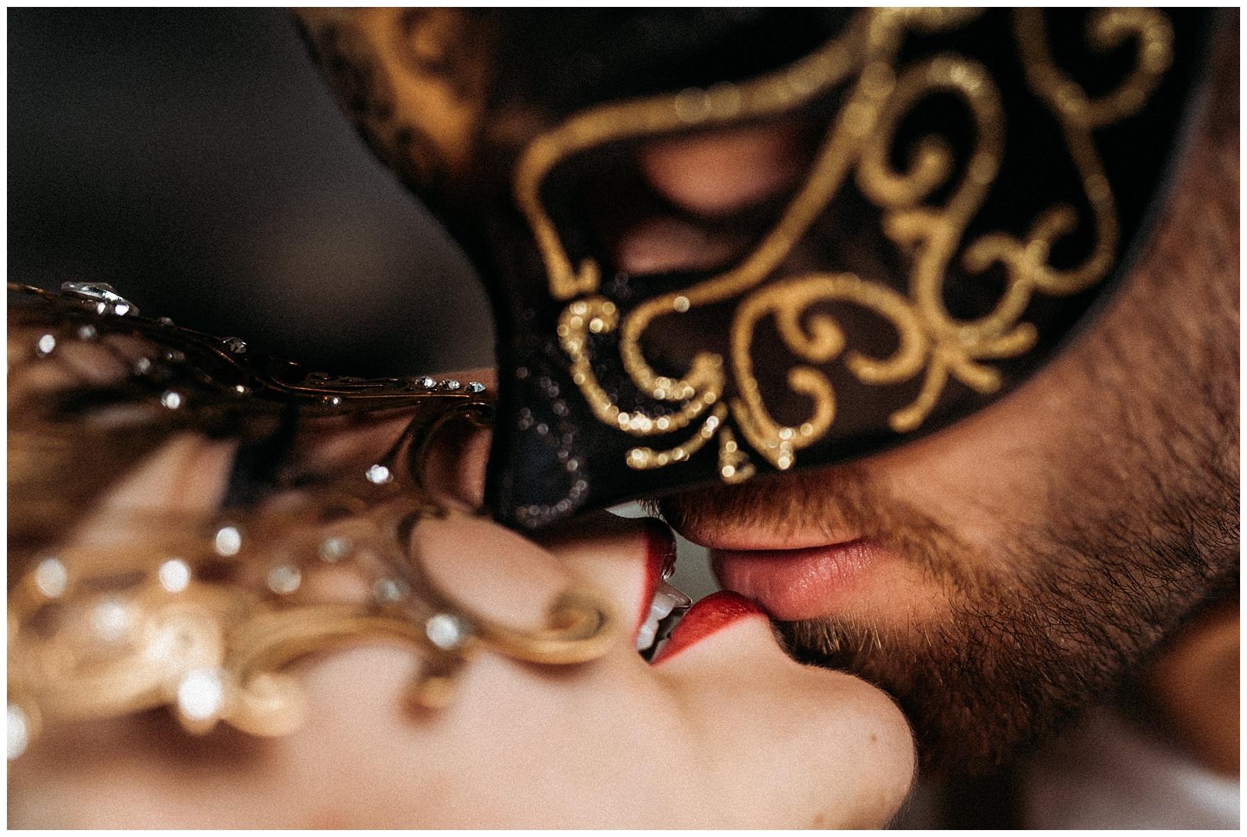 gatsby-styled-couples-shoot-final-g-web-20190707-0044_CCS-1.jpg